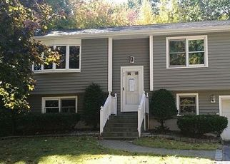 Foreclosed Home in Torrington 06790 STONERIDGE DR - Property ID: 4497292792