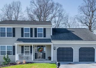 Foreclosed Home in Reading 19608 LONGVIEW DR - Property ID: 4497511779