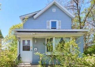 Foreclosed Home in Minneapolis 55408 5TH AVE S - Property ID: 4497537163