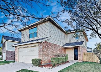 Foreclosed Home in Fort Worth 76179 MEADOW WAY LN - Property ID: 4497593233