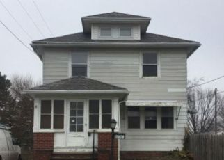 Foreclosed Home in Toledo 43614 SCHNEIDER RD - Property ID: 4497597621