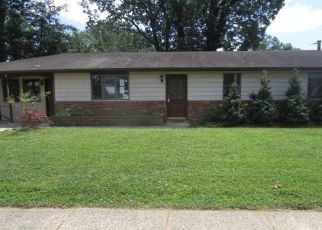 Foreclosed Home in Glendora 08029 3RD AVE - Property ID: 4497712366