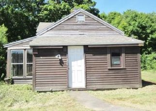 Foreclosed Home in Bolton 06043 HEBRON RD - Property ID: 4497778945