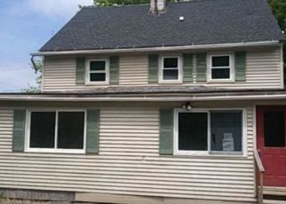 Foreclosed Home in Gardiner 04345 HIGH HOLBORN ST - Property ID: 4497895439