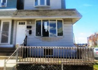 Foreclosed Home in Philadelphia 19153 S BERBRO ST - Property ID: 4497905961