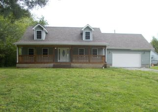 Foreclosed Home in Middlesboro 40965 W CHESTER AVE - Property ID: 4497926984