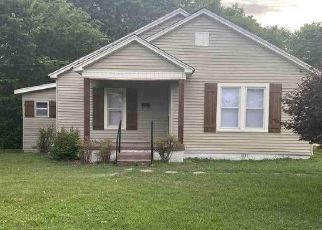 Foreclosed Home in Martin 38237 CENTRAL ST - Property ID: 4497930477