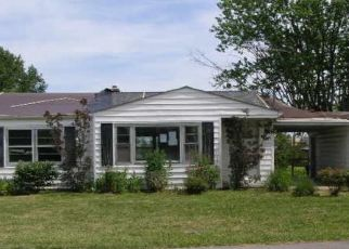 Foreclosed Home in Independence 41051 APPLE DR - Property ID: 4497936611