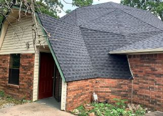 Foreclosed Home in Locust Grove 74352 E 561 RD - Property ID: 4497965966