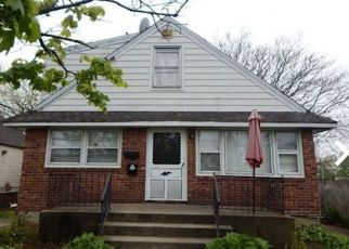Foreclosed Home in Elmont 11003 LINCOLN ST - Property ID: 4498011946