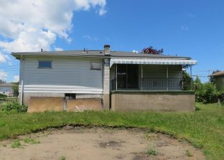 Foreclosed Home in Scranton 18505 PENWOOD DR - Property ID: 4498033396