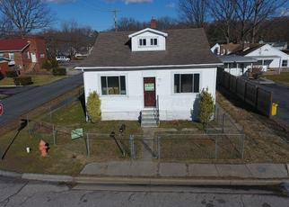 Foreclosed Home in Essex 21221 MAPLE AVE - Property ID: 4498054874