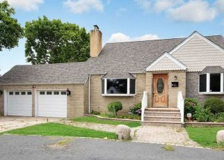 Foreclosed Home in West Islip 11795 UDALL RD - Property ID: 4498089905