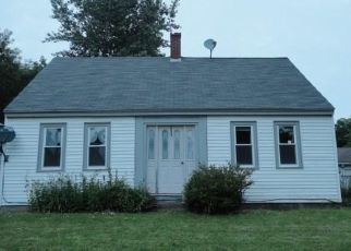 Foreclosed Home in Rockland 04841 LAKE AVE - Property ID: 4498127115