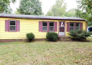Foreclosed Home in Kilmarnock 22482 DITCHLEY RD - Property ID: 4498139386