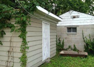 Foreclosed Home in Richmond 23222 HUNT AVE - Property ID: 4498144198