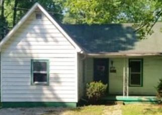 Foreclosed Home in Earlington 42410 DAKE ST - Property ID: 4498163477