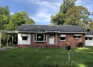 Foreclosed Home in Hawkinsville 31036 TURNER ST - Property ID: 4498204651