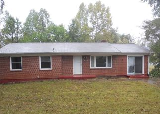 Foreclosed Home in Danville 24541 KIMBERLY AVE - Property ID: 4498282161