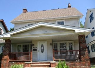 Foreclosed Home in Cleveland 44118 WASHINGTON BLVD - Property ID: 4498440721