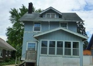 Foreclosed Home in Omaha 68112 NEWPORT AVE - Property ID: 4498485387