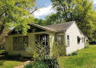 Foreclosed Home in Monett 65708 W DUNN ST - Property ID: 4498515159