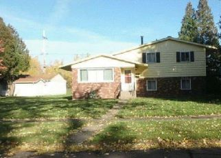 Foreclosed Home in Hibbing 55746 MICHIGAN ST - Property ID: 4498570804