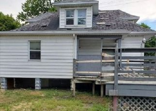 Foreclosed Home in Bay City 48706 ELM ST - Property ID: 4498586564