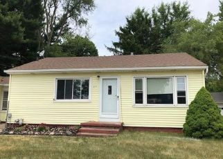 Foreclosed Home in Portage 49002 E CENTRE AVE - Property ID: 4498606714