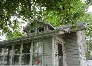 Foreclosed Home in Oregon 43616 MAMBRINO RD - Property ID: 4498641304