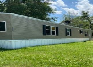 Foreclosed Home in Junction City 66441 BYRD ST - Property ID: 4498711382