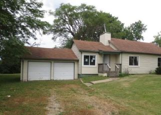 Foreclosed Home in Topeka 66617 NW ROCHESTER RD - Property ID: 4498718389