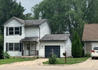 Foreclosed Home in Newton 50208 S 9TH AVE E - Property ID: 4498726267