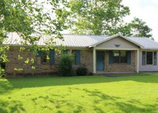 Foreclosed Home in Falkville 35622 WILSON MOUNTAIN RD - Property ID: 4498930817