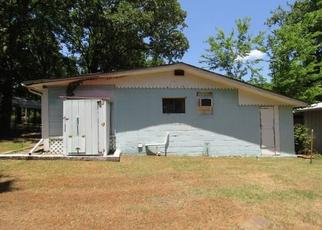 Foreclosed Home in Locust Grove 74352 GRANDVIEW CIR - Property ID: 4498972418
