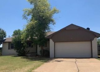 Foreclosed Home in Altus 73521 LAKESIDE DR - Property ID: 4498974610