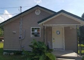 Foreclosed Home in West Van Lear 41268 N BUCKINGHAM AVE - Property ID: 4498997828
