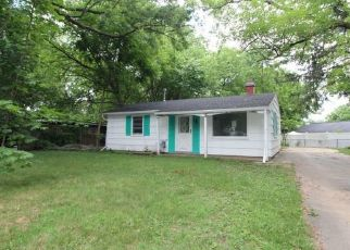 Foreclosed Home in Syracuse 13212 LINCOLN RD - Property ID: 4499019275