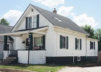 Foreclosed Home in Wayne 48184 ELIZABETH ST - Property ID: 4499026730