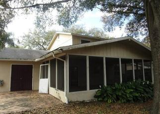 Foreclosed Home in Tampa 33615 JODI LYNN DR - Property ID: 4499057379