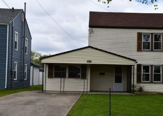 Foreclosed Home in Parkersburg 26101 9TH AVE - Property ID: 4499071394