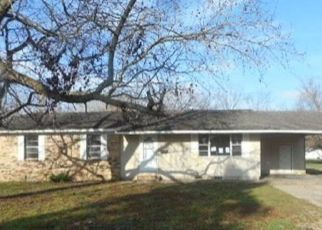 Foreclosed Home in Sikeston 63801 DEMPSTER ST - Property ID: 4499084535