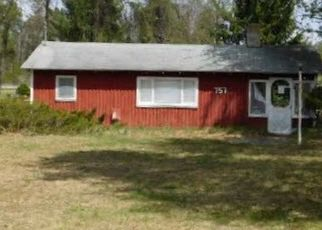 Foreclosed Home in Harrison 48625 ROBERTS DR - Property ID: 4499103816