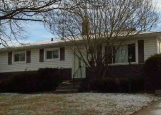 Foreclosed Home in Cleveland 44125 DONOVAN DR - Property ID: 4499131398