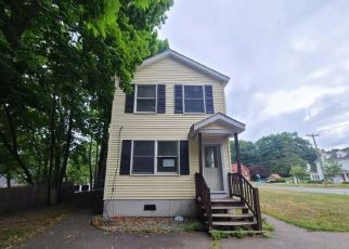 Foreclosed Home in Manchester 06040 E CENTER ST - Property ID: 4499295646