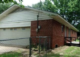 Foreclosed Home in Mount Pleasant 75455 GENE DR - Property ID: 4499364848