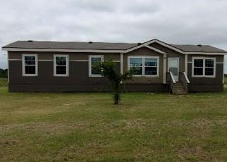 Foreclosed Home in Celeste 75423 COUNTY ROAD 1043 - Property ID: 4499366595