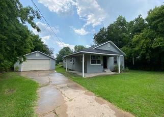 Foreclosed Home in Groves 77619 TERRELL ST - Property ID: 4499412130