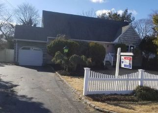 Foreclosed Home in Bay Shore 11706 BROOKDALE DR - Property ID: 4499421787