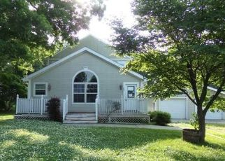 Foreclosed Home in Lathrop 64465 CENTER ST - Property ID: 4499485727